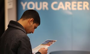 Students Attend Graduate Recruitment Fair