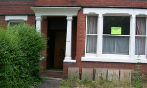 home with to-let sign