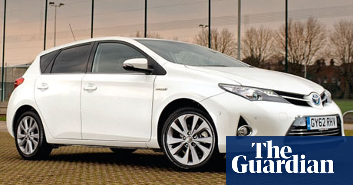 On the road: Toyota Auris Hybrid | Technology | The Guardian