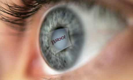 Yahoo logo reflected in pupil of an eye