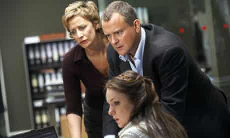Hunter: Amy Foster (Janet McTeer), Iain Barclay (Hugh Bonneville) and Julie Carr (Lisa Ellis)