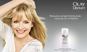 Twiggy in Olay advert
