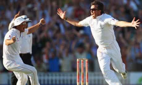 England v Australia: Graeme Swann celebrates
