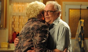 Coronation Street: Jack Duckworth is reunited with Vera