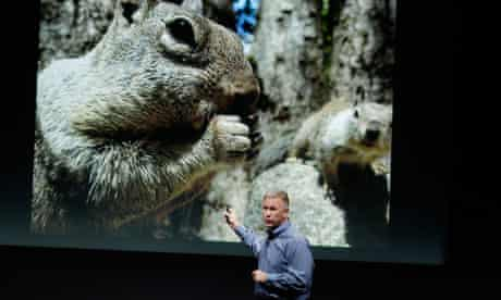 Phil Schiller talks about the camera on the iPhone 4S