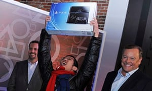 PS4: Joey Chiu is the first to buy Sony's next-gen console at the Standard High Line in New York