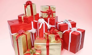 can t afford christmas presents don t buy any then paris lees