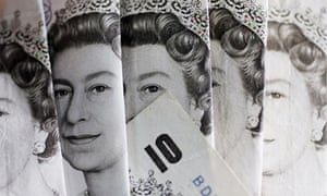 £10 pound notes in cash