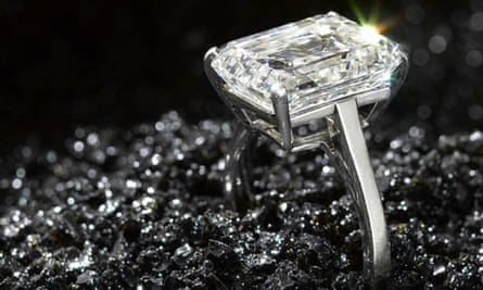 Diamond merchants are reporting an increase in sales of smaller stones