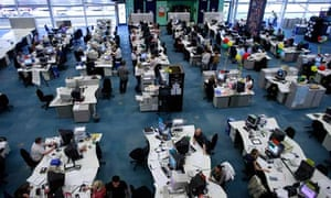 Call centres benefit from rise in graduate applicants