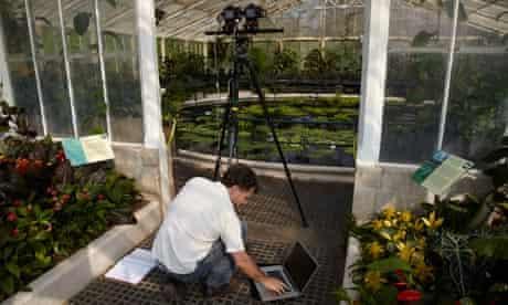 Biology graduate and photographer Robert Hollingworth