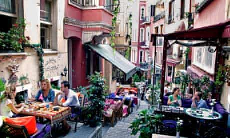 Holidaymakers in Istanbul, Turkey