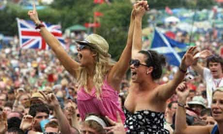 Crowd for James Blunt at Glastonbury 2008