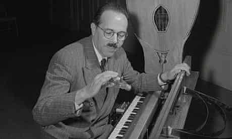 Maurice Martenot playing an ondes martenot