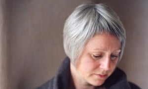 Elizabeth Fraser Talks About Why She Finds It Too Difficult To Even