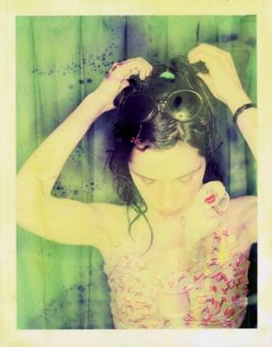 PJ Harvey gallery: PJ Harvey gallery- PJ Harvey