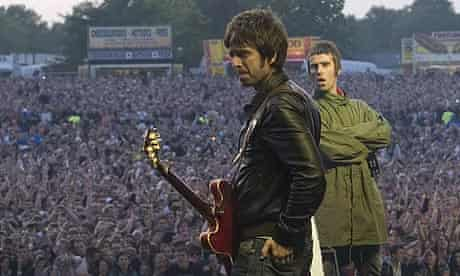 Noel and Liam Gallagher at Oasis Heaton Park gig