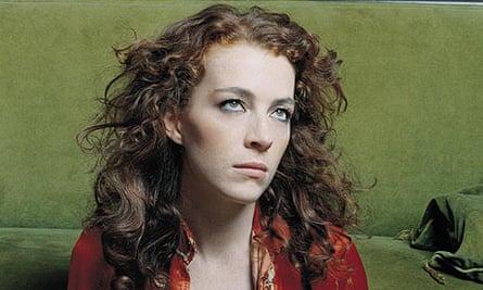 Melissa Auf der Maur, former Hole bassist