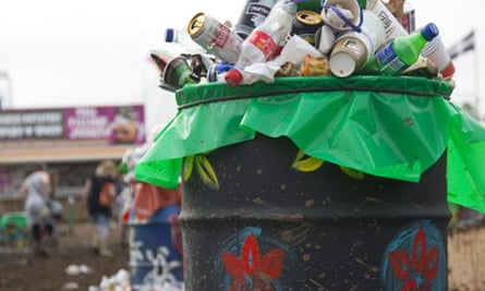 Rubbish bin overflowing at Glastonbury 2009