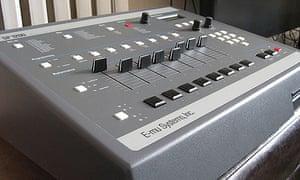 E-mu SP-1200 sampler