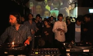 Thom Yorke spins at a south London club with bored-looking scenesters behind him