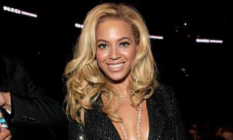 Beyonce at the Grammy awards 2011