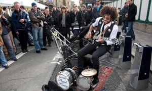 Pop mavericks - Lewis Floyd Henry at Brick Lane, London
