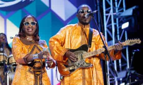 Amadou and Mariam on stage in South Africa