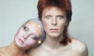 Justin de Villeneuve's shot of Twiggy and David Bowie
