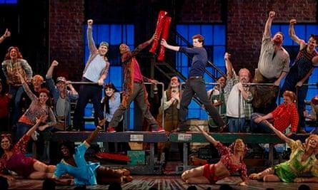 Kinky Boots cast at the 2013 Tony awards