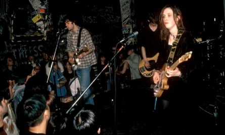 SLOWDIVE; Neil Halstead, Nick Chaplin, Rachel Goswell performing live onstage