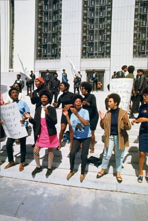 Howard Bingham photos: Female Black Panthers singing in unison at the Alameda County Courthouse