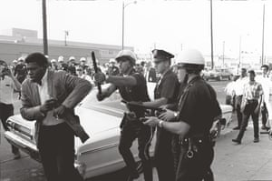 Howard Bingham photos: Police beating a young man in Los Angeles, California