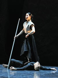 Akram Khan and Yoshie Sunahata in Gnosis