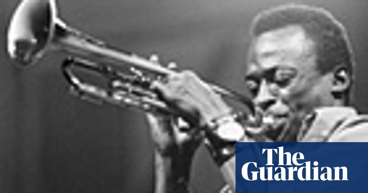 Old music: Miles Davis – It Never Entered My Mind   Music