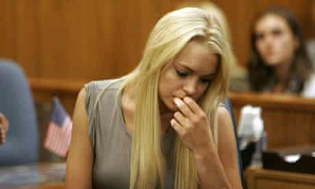 Lindsay Lohan surrenders at courthouse