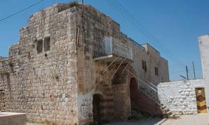 Deir Ghassaneh from flickr
