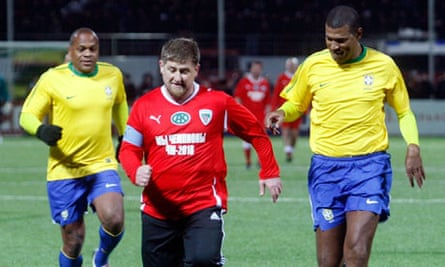 Ramzan Kadyrov with Brazil's Junior Baiano, right, and Ronaldao