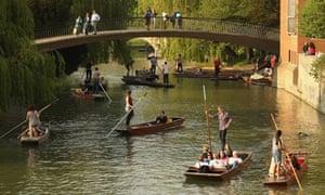 Spring sunshine punting cambridge