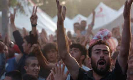 Syrian Refugees Flee to Turkish Red Crescent Camp