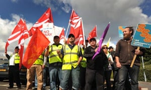 Striking Southampton parking wardens protest