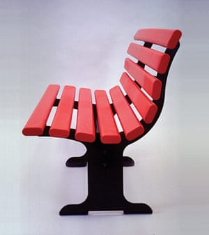Kenneth Grange: Adshel bench