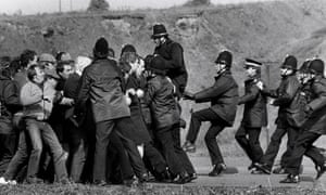 Police and pickets during miner's strike