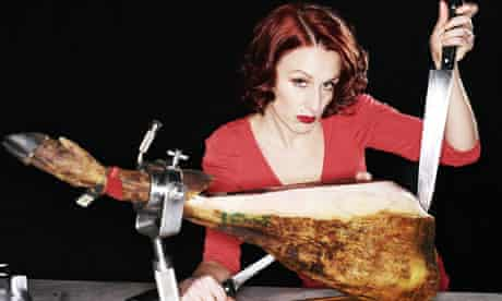 Morwenna Ferrier with a jamon knife