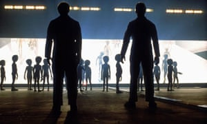 CLOSE ENCOUNTERS OF THIRD KIND