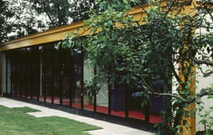 spender house exterior