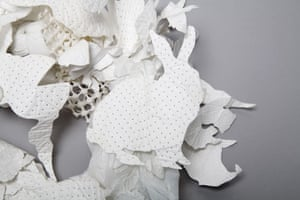 Make your own ruff: make your own Giles Deacon ruff