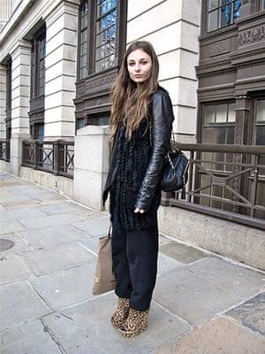 Face hunter: Face hunter portrait: Veronika, 22, intern at a fashion magazine