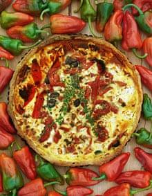 Sweet red pepper and feta tart