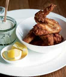 Chicken wings with sour cream and chive dip